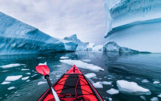 kayaking-1024x683-1-525x330